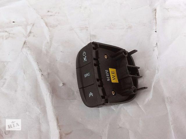 купить бу Блок кнопок в руль для Chevrolet Lacetti 2004-10 в Тернополе