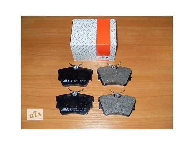 продам Комплект задних тормозных колодок  ABS  Италия   на  1.9 / 2.0 / 2.5dci -  RENAULT TRAFIC / OPEL VIVARO бу в Луцке