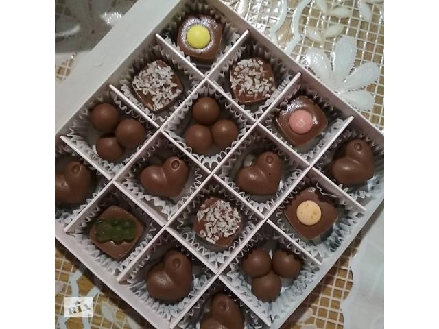 Конфеты из молочного шоколада ручной работы