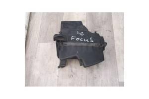 Корпус повітряного фільтра Форд Фокус 1.6 TDCI 2005-2010