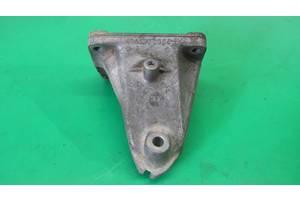 Кронштейн двигателя mercedes w210 w202 w208 М111