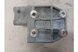 Кронштейн компрессора кондиционера: Amulet, Elara, Karry, Tiggo, M12 (Оригинал) Chery A11-3412041