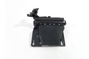 кронштейн защёлки двери передней левой Dodge Nitro `11 , 68004827AA