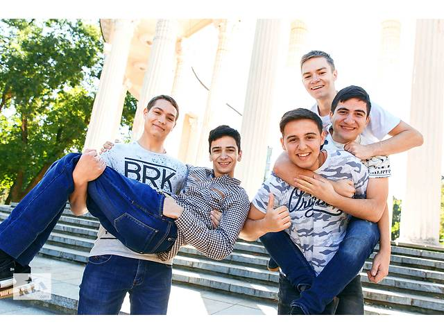 купить бу Крутая школьная фотосессия! Фотокниги выпускные.  в Україні