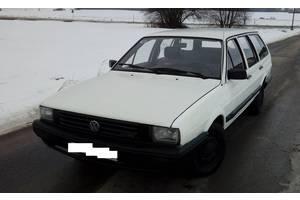 б/у Крылья передние Volkswagen Passat B2