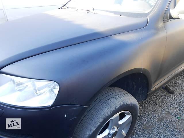 купить бу Крыло переднее Крыло переднее Volkswagen Touareg (Туарег) в Ровно