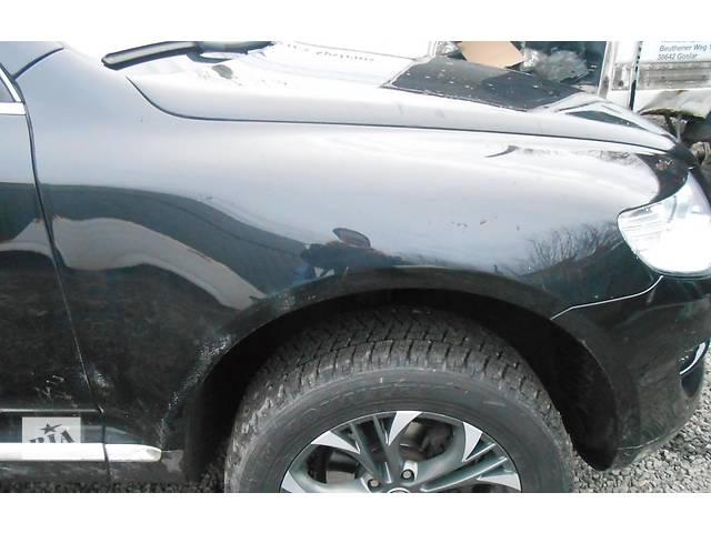 бу  Крыло переднее переднє VW Touareg Фольксваген Туарег 2003-2006г. в Ровно