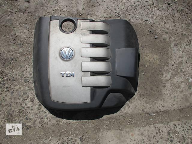 купить бу Крышка мотора Volkswagen Touareg Фольксваген Туарег 2003 - 2009 в Ровно
