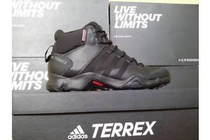 Нові чоловічі черевики і напівчеревики Adidas