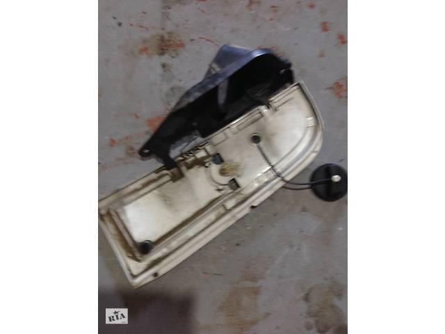 бу Mercedes Benz Vito крышка горловины бака в Рівному