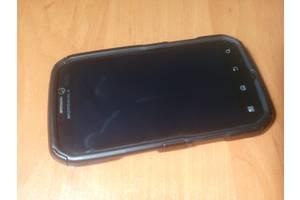 б/у Сенсорные мобильные телефоны Motorola