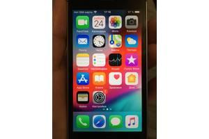 б/в Іміджеві мобільні телефони Apple iPhone SE