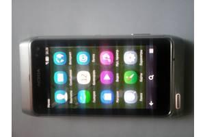 б/у Сенсорные мобильные телефоны Nokia Nokia N8 Silver