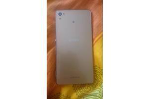 б/в Іміджеві мобільні телефони Sony Sony Xperia Z3+