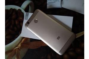 б/в Смартфони Xiaomi