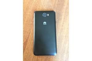 б/в Мобільні на дві СІМ-карти Huawei Huawei P8 Lite
