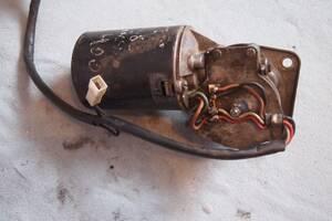 моторчик склоочисника для Mercedes 207-410 1987-1995рв на мерседес 207-410 1993рв  ціна 1200гр за сам моторчик стеклоочи