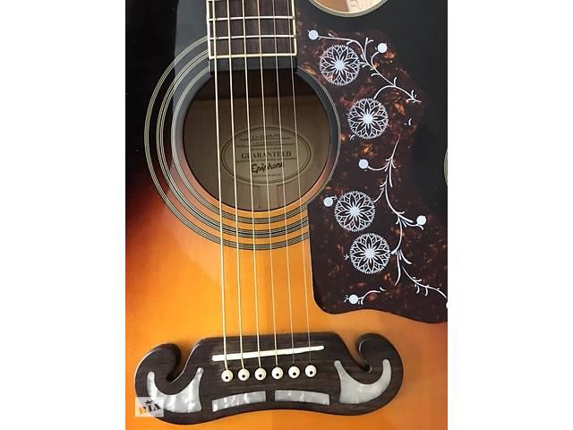 купить бу Електро-акустична гітара Epiphone EJ-200ce в Новояворівську