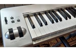 б/у MIDI клавиатуры M-Audio