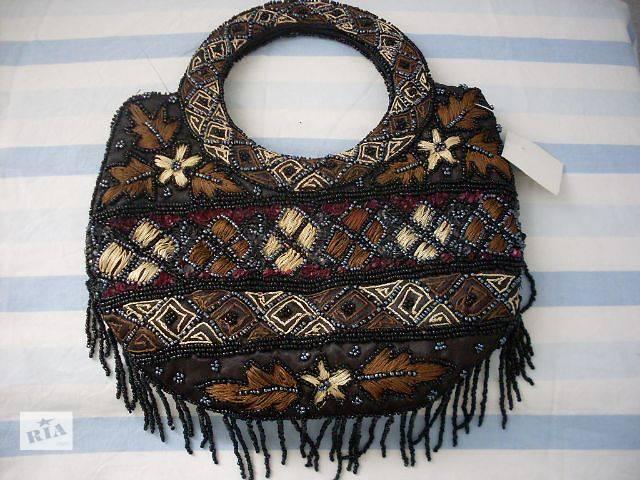 купить бу Нарядная сумочка вышитая бисером и мулине в Николаеве