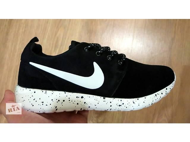 бу Nike Roshe Run Oreo black and white из натуральной замши  в Светловодске