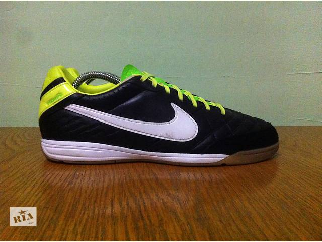 купить бу Nike Tiempo Mystic IV Indoor Soccer Shoes футзалки в Березному  (Рівненській обл. 0ee841d86162b