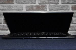б/в Тонкі і легкі ноутбуки Dell Dell Alienware M11x