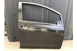 Новые Двери передние Toyota Yaris