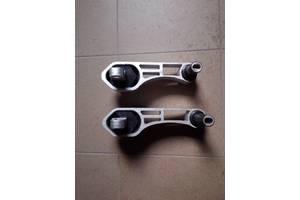Новые Подушки мотора Peugeot Bipper груз.
