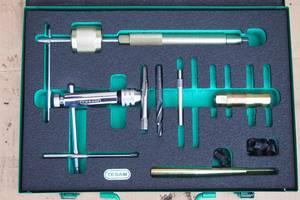 Новый набор приборов для ремонта головок блока \выкручивания сорванных свечей накала м10\ замена резьбы \втулки\