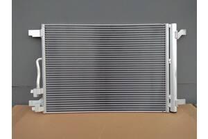 Новый радиатор кондиционера с фильтром осушителем Seat Leon 2013 - 2019 год 1.6 TDI - 66 // 77 // 81 kW сеат леон