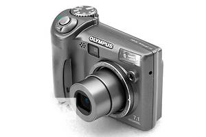б/у Компактные фотокамеры Olympus
