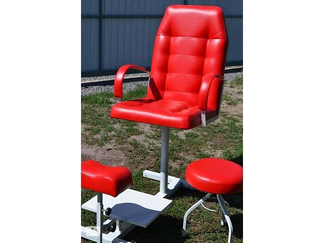бу Педикюрное кресло, подставка для ног и стул для мастера (комплект) в Харькове