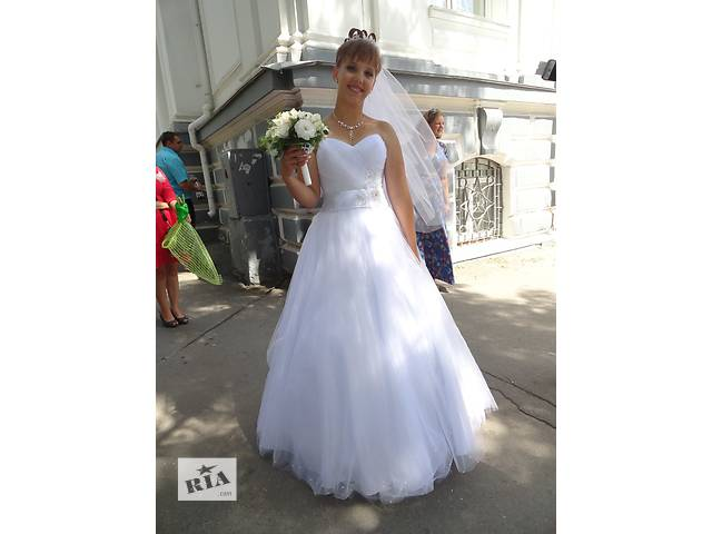 Платье свадебное- объявление о продаже  в Херсоне