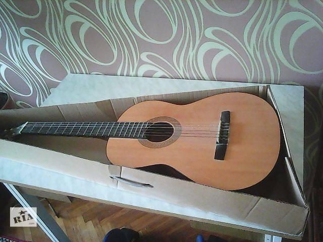 Продам классическую гитару Hohner HC-06- объявление о продаже  в Броварах