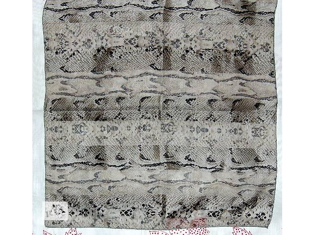 бу  Продам новый платок из шелка со змеиным принтом в Харькове