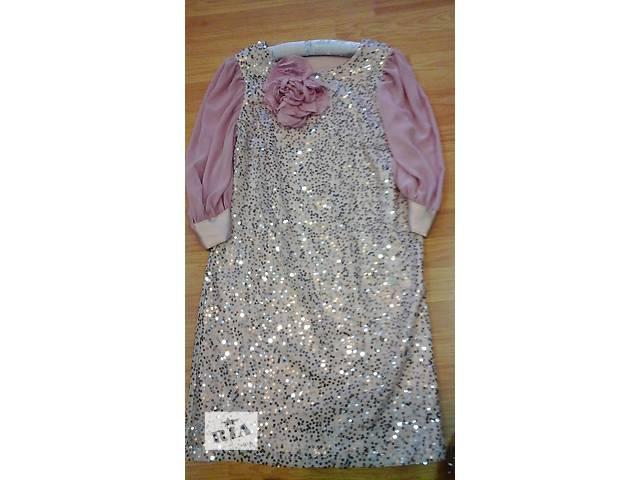 купить бу Продам плаття в Днепре (Днепропетровск)