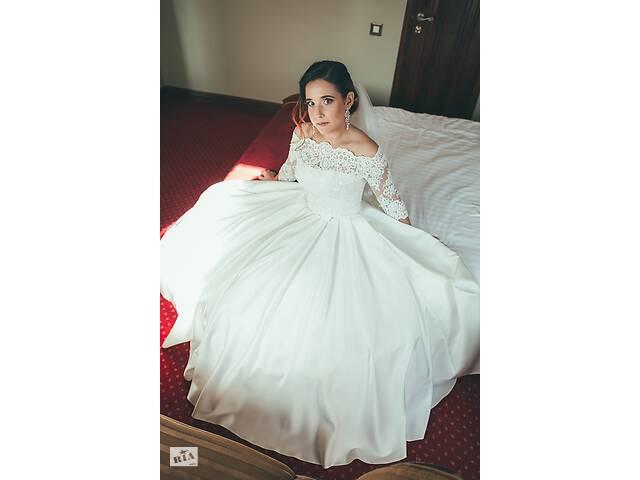 Продам СВАДЕБНОЕ платье (два образа в одном!) В подарок фата и кольца! Не венчанное!- объявление о продаже  в Киеве