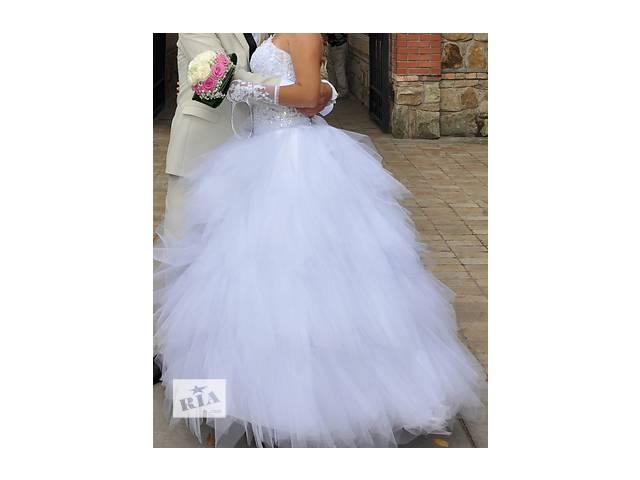 бу Продам свадебное платье в Рубежном (Луганской обл.)