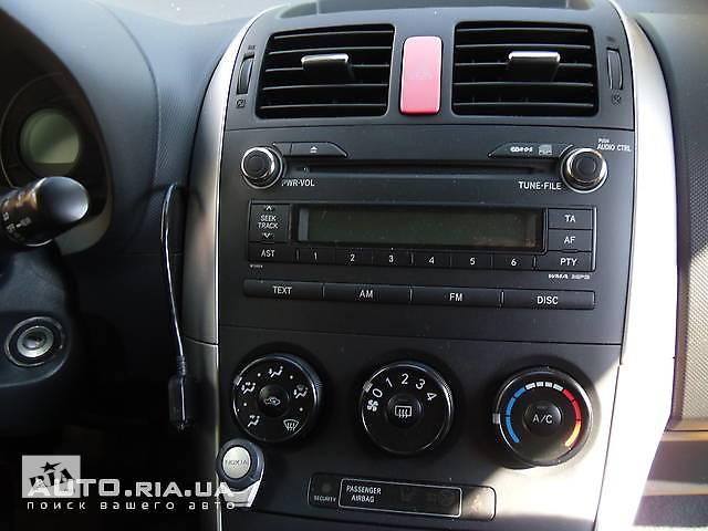 продам Приборы передней панели, часы для Toyota Auris бу в Коломые