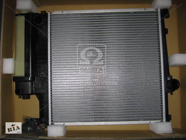 купить бу Радиатор охлаждения BMW 3 E30 1982-1992 316-318 AVA в Киеве
