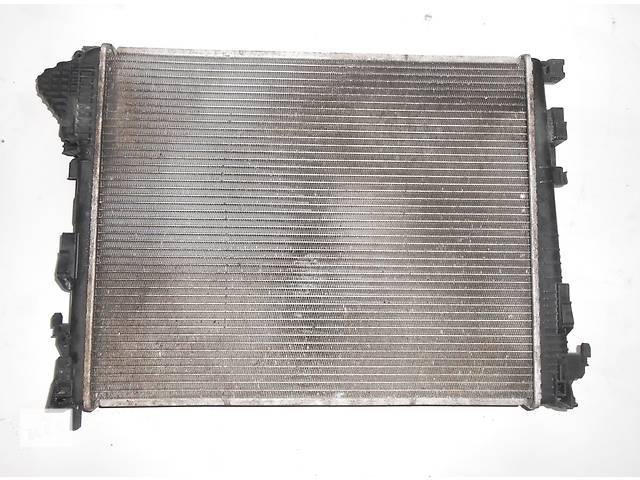 купить бу Радиатор охлаждения основной, радіатор основний 2.5 Renault Trafic Рено Трафик Opel Vivaro Опель Виваро Nissan Primastar в Ровно