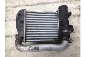 Радиатор охлаждения воздуха интеркулер Audi A6 C6 3.0, 2.7