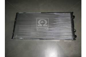Радиатор охлаждения VW PASSAT B3 (88-) 1.6-2.8 (пр-во Nissens)