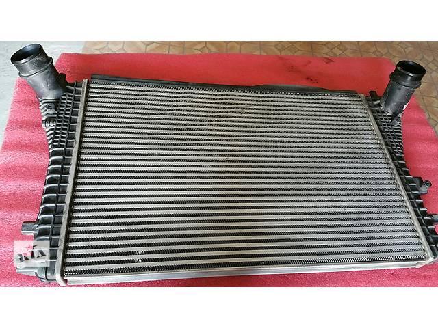 купить бу Радиатор интеркуллера для легкового авто Volkswagen в Костополе