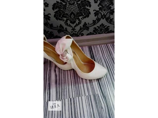 бу Распродажа женской одежды не дорого, + договорная цена... в Днепре (Днепропетровск)