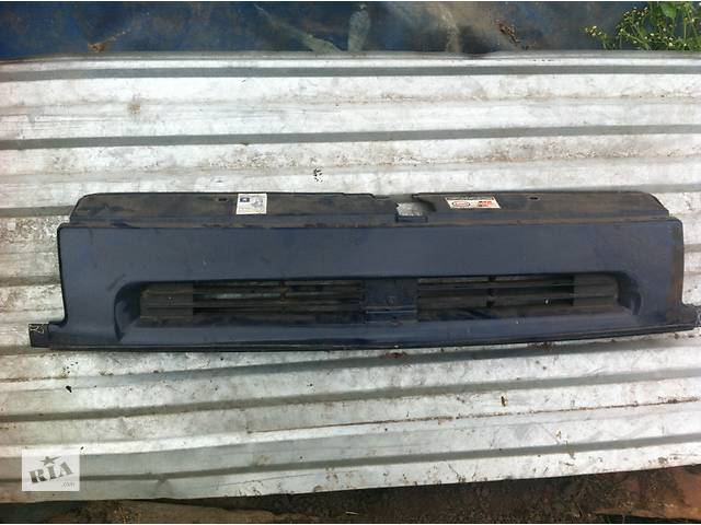 Решётка радиатора для легкового авто Peugeot Expert- объявление о продаже  в Червонограде