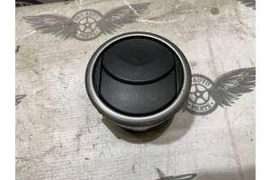 Решетка воздухозаборника правая Mazda 3 BK 2003-2008 BP4KGM732