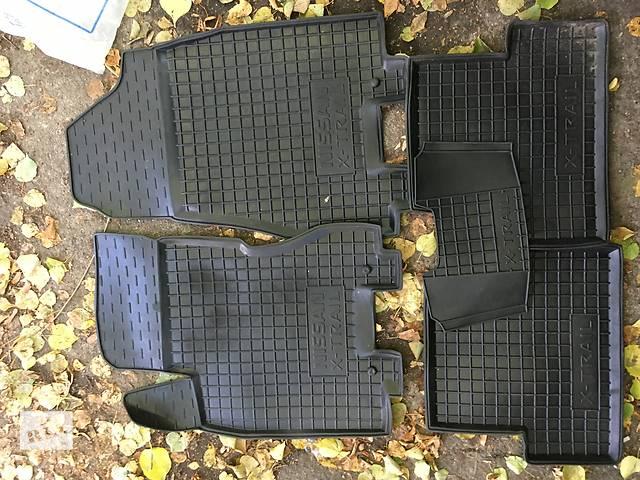 купить бу Резиновые коврики Nissan X-Trail T31 в Виннице