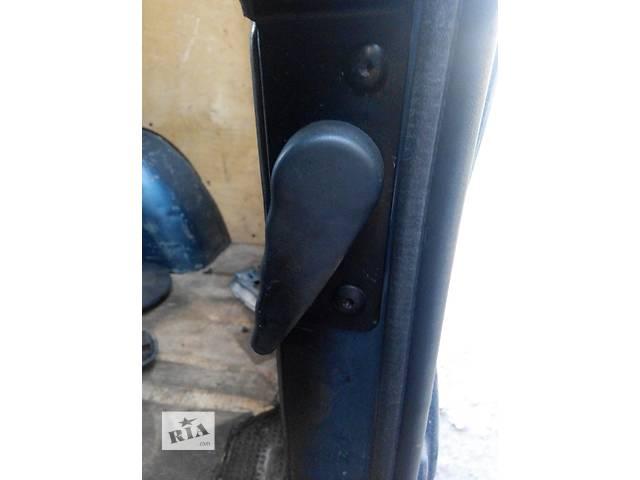 бу Ручка двери задней внутренняя Renault Trafic Рено Трафик Opel Vivaro Опель Виваро Nissan Primastar в Ровно
